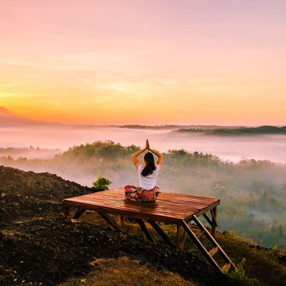 Comment choisir un spécialiste en yoga méditation à Angers ?