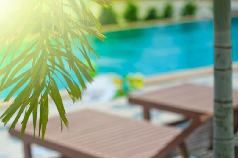 Plusieurs modèles d'abris de piscines bas selon vos goûts